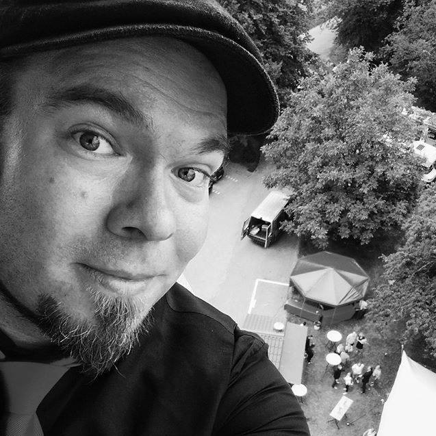 Andreas Völker - Fotograf in Münster NRW - Portraitfotos Porträtfotos Familienfotos Businessfotos Hochzeitsfotos Eventfotos - Portraitfotograf Porträtfotograf Familienfotograf Businessfotograf Hochzeitsfotograf Eventfotograf
